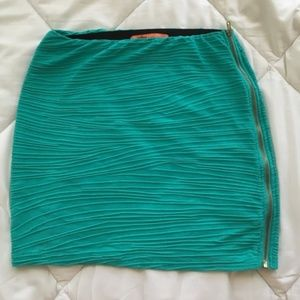 Bershka bandage mini skirt S